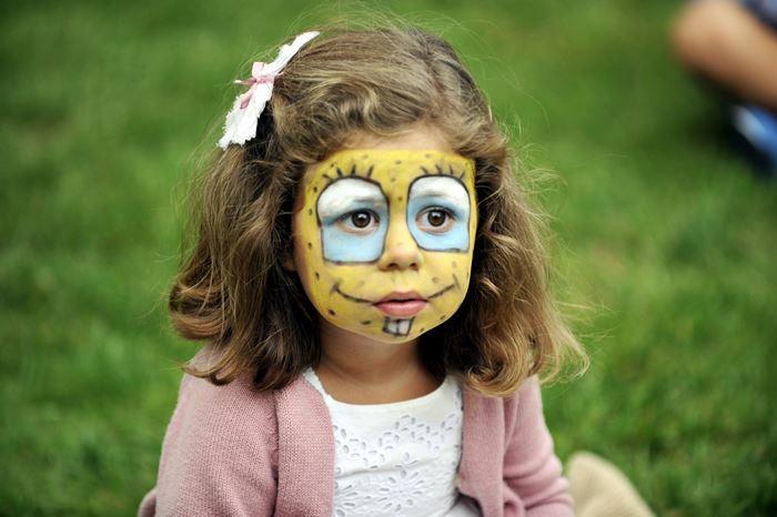 Cómo hacer un taller de pintacaras para niños