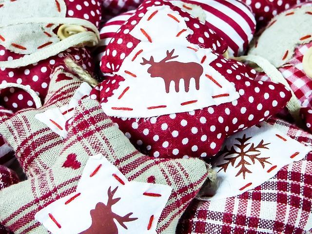 Consejos para decorar tu árbol de navidad con tela