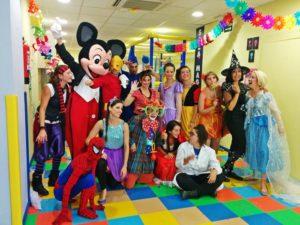 Oferta empleo animadores monitores infantiles Madrid