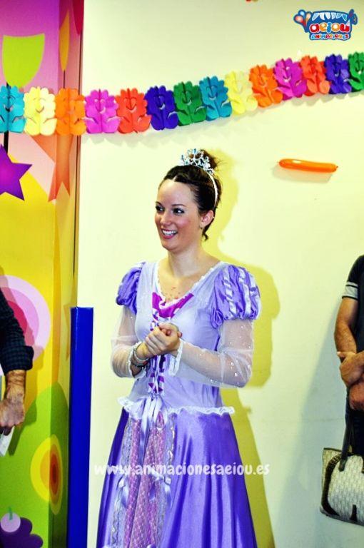 Fiestas de cumpleaños infantiles temáticas de princesas en Toledo