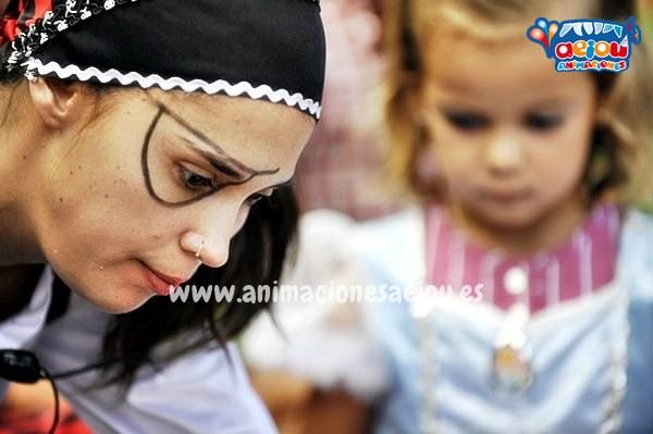 Oferta de empleo para animadores infantiles y monitores en Madrid