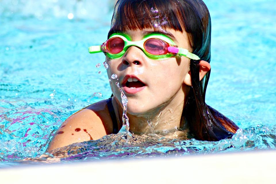 Cómo preparar una fiesta de la piscina perfecta-3