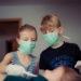 Como afecta a los niños la enfermedad del coronavirus: síntomas, tratamiento y riesgos